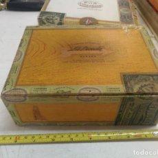 Cajas de Puros: CAJA PUROS LA DIRECTA E.P.P. 25 NACIONALES FINOS VACIA .SELLOS Y PRECINTOS OFICIALES HABANA CUBA.. Lote 215406005