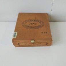 Cajas de Puros: BONITA CAJA DE PUROS LA BELLEZA Nº 1, CON CERTIFICADO DE GARANTIA, VACÍA. Lote 217028926