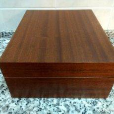Cajas de Puros: HUMIDOR PARA PUROS. DE MADERA DE CEDRO.. Lote 221683810
