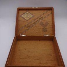 Cajas de Puros: ANTIGUA CAJA VACÍA DE PUROS DE LUJO PARTAGAS. HABANA. MARQUETERÍA. 23 X 20 X 4 CTMS. Lote 222787452
