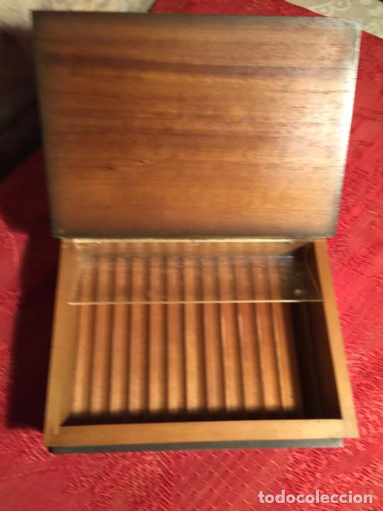 Cajas de Puros: Antigua caja de madera el hingenioso hidalgo Don Quijote de la Mancha para puros años 60-70 - Foto 9 - 224397537