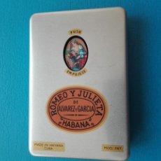 Cajas de Puros: PITILLERA/CAJA DE PUROS METALICA (ALUMINIO) ROMEO Y JULIETA DE ALVAREZ GARCIA - HABANA (VACIA). Lote 236896390