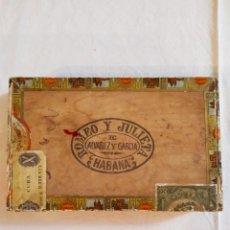 Cajas de Puros: CAJA PUROS VACIA HABANOS ROMEO Y JULIETA 25 REGALIAS DE LA HABANA 8/1971. Lote 242881555