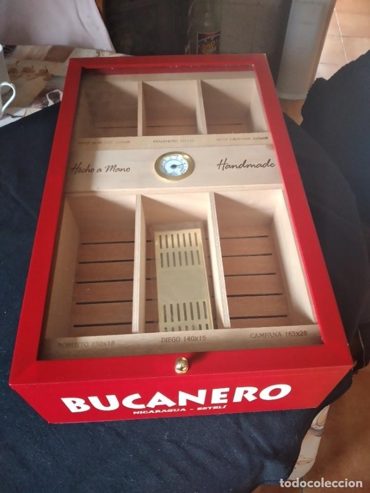 HUMIFICADOR DE PUROS BUCANERO NICARAGUA ESTELI,HECHO A MANO,CON EL NOMBRE DE LOS PUROS, (Coleccionismo - Objetos para Fumar - Cajas de Puros)