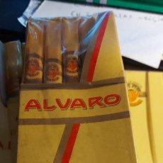 Cajas de Puros: CAJITA DE 5 PURITOS ALVARO 5 MONIC TOTALMENTE CERRADA. Lote 259873075