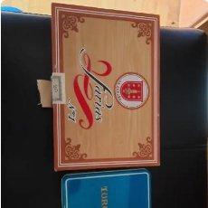 Cajas de Puros: ANTIGUA CAJA PUROS FARIAS Nº1 Y LATA TURQUESA Nº4. Lote 260312505