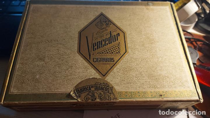 CAJA DE PUROS VACIA DE CARTON DURO DE CIGARROS VENCEDOR (Coleccionismo - Objetos para Fumar - Cajas de Puros)