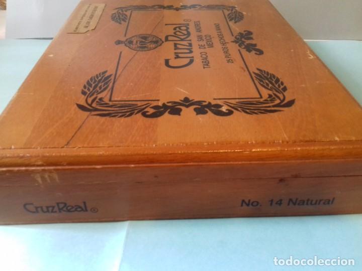 Cajas de Puros: Caja de madera de 25 puros CRUZREAL tabaco de San Andres , Mexico. Se vende VACÍA. 27x21x5 cm - Foto 2 - 266567443