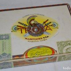 Cajas de Puros: CAJA TROYA / MARTÍNEZ Y CA / 22 UNIVERSALES / HABANA CUBA - SELLO ANTIGUO RÉGIMEN ¡DE COLECCIÓN!. Lote 277530238