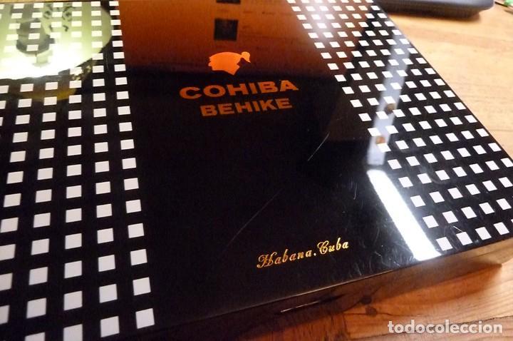 Cajas de Puros: Caja vacía puros Cohiba Behike. Habana, Cuba. - Foto 2 - 277849233