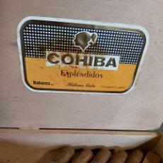 Cajas de Puros: CAJA DE PUROS HABANOS COHIBA CON 8 UNIDADES, HABANA CUBA. Lote 288649433