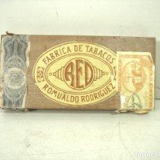 Cajas de Puros: RED ROMUALDO RODRIGUEZ -10 ESPECIALES -ANTIGUA CAJA DE PUROS MADERA -PURO TABACO -VACIA. Lote 296950133