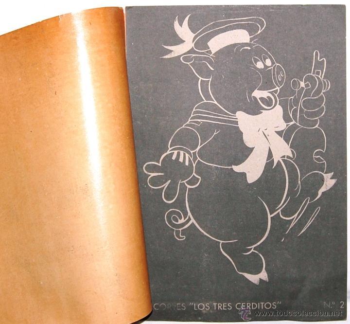 Coleccionismo Recortables: LAMINA RECORTABLE Nº 2 LOS TRES CERDITOS. EDITORIAL ROMA. WALT DISNEY AÑOS 40 - Foto 2 - 54201991