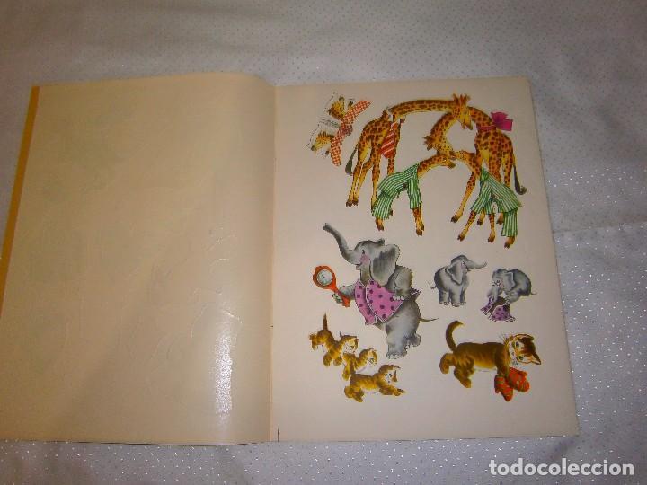 Coleccionismo Recortables: EN EL ALEGRE PARQUE ZOOLÓGICO *IMPRESO EN ITALIA Y DISTRIBUIDO EN BARCELONA* *CASTELLANO AÑOS 50* - Foto 3 - 93139245