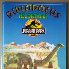 Coleccionismo Recortables: DIPLODOCUS RECORTABLE: JURASSIC PARK/PARQUE JURÁSICO (SUSAETA, 1993). GRAN FORMATO.. Lote 281896028