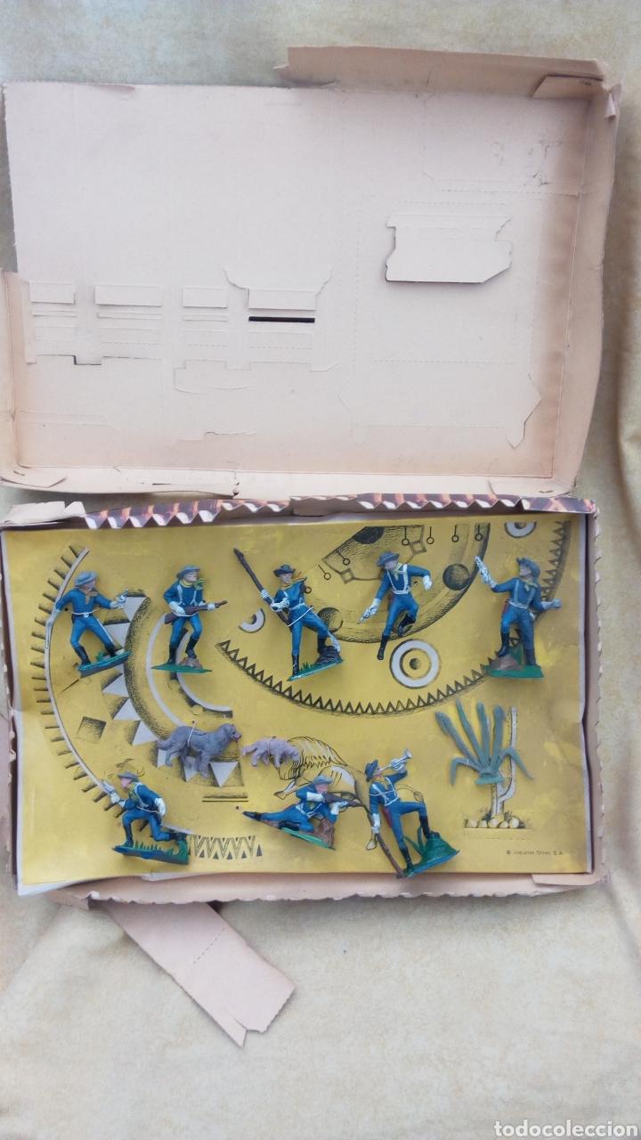 Coleccionismo Recortables: OLIVER CAJA. FORT RECORT. FUERTE RECORTABLE CON FIGURAS. FEDERALES. NO REAMSA, PECH - Foto 2 - 113065047