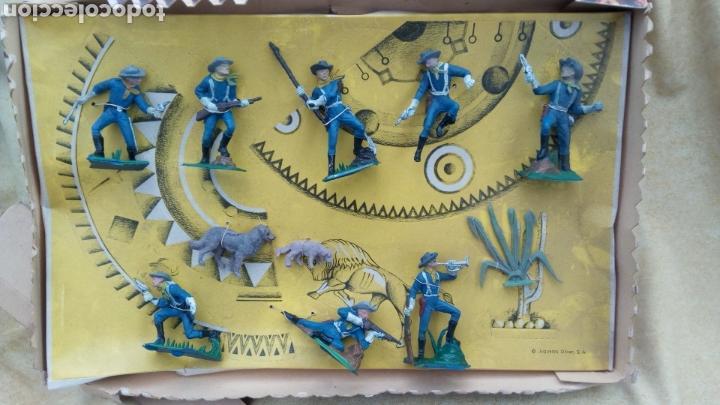 Coleccionismo Recortables: OLIVER CAJA. FORT RECORT. FUERTE RECORTABLE CON FIGURAS. FEDERALES. NO REAMSA, PECH - Foto 3 - 113065047