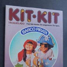 Coleccionismo Recortables: BARCO PIRATA / KIT KIT Nº 9 / TROQUELADO - PARA MONTAR Y JUGAR / ARGOS VERGARA 1980 / SIN USAR. Lote 154538813