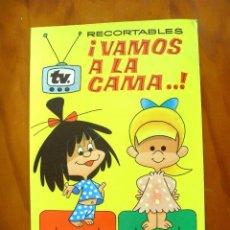 Coleccionismo Recortables: RECORTABLES ¡VAMOS A LA CAMA..! -LA FAMILIA TELERIN Y SUS VESTIDOS -EDITORIAL BRUGUERA 1964. Lote 137565510