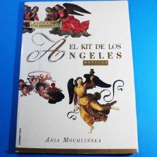 Coleccionismo Recortables: LIBRO DE RECORTABLES EL KIT DE LOS ANGELES MÓVILES, ANIA MOCHLINSKA, MARTÍNEZ ROCA 1994, 34,50 X 25. Lote 142450214