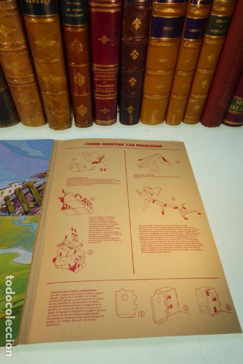 Coleccionismo Recortables: Interesante Kit de Tintin con transferibles y escenario. Tintin en el lago de los tiburones. 1982. - Foto 7 - 162624918