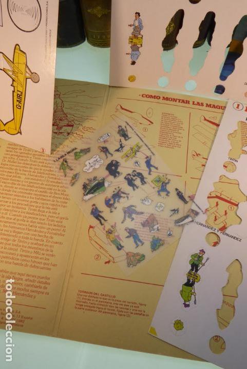 Coleccionismo Recortables: Interesante Kit de Tintin con transferibles y escenario. Tintin en la isla negra. 1982. - Foto 4 - 162632806