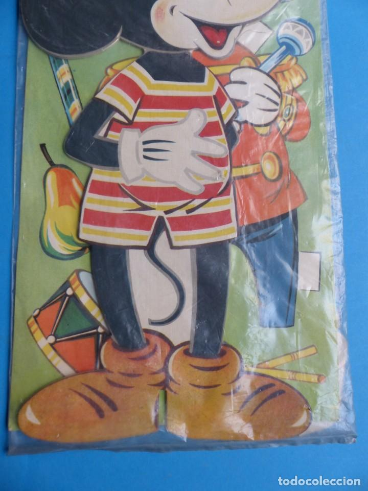 Coleccionismo Recortables: RECORTABLE DE MICKEY MOUSE, WALT DISNEY - AÑO 1965 - NUNCA USADO, GUARDADO EN SU PLASTICO SIN ABRIR - Foto 3 - 196641585