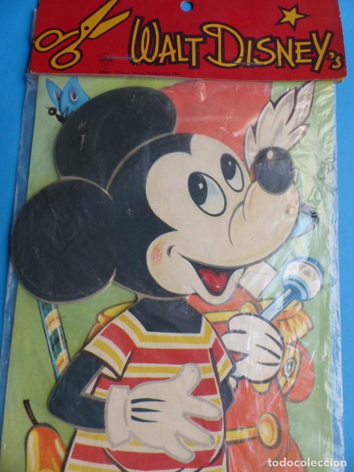 Coleccionismo Recortables: RECORTABLE DE MICKEY MOUSE, WALT DISNEY - AÑO 1965 - NUNCA USADO, GUARDADO EN SU PLASTICO SIN ABRIR - Foto 4 - 196641585
