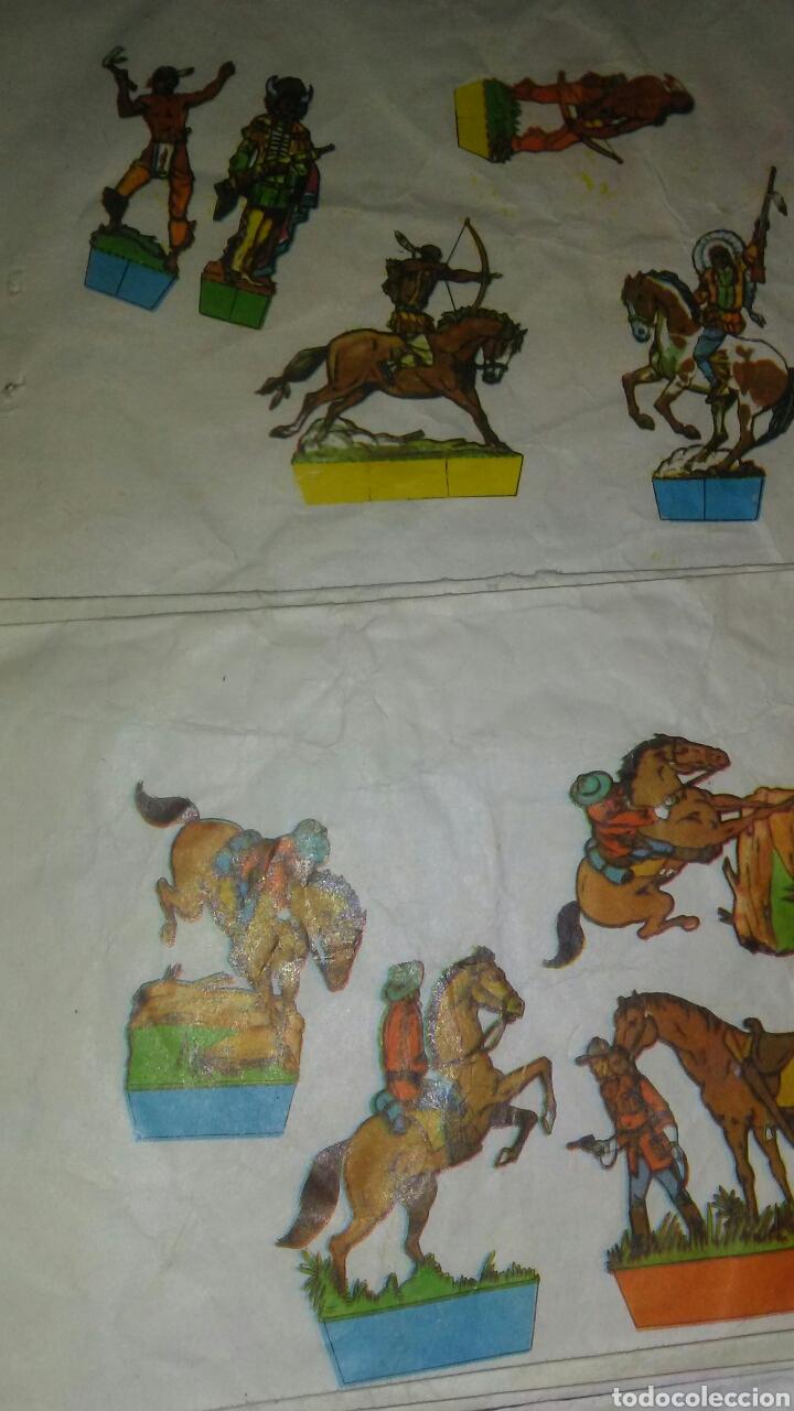 Coleccionismo Recortables: 10 sobres sorpresa vacios ,con recortable de soldados en la parte posterior. - Foto 5 - 201618480