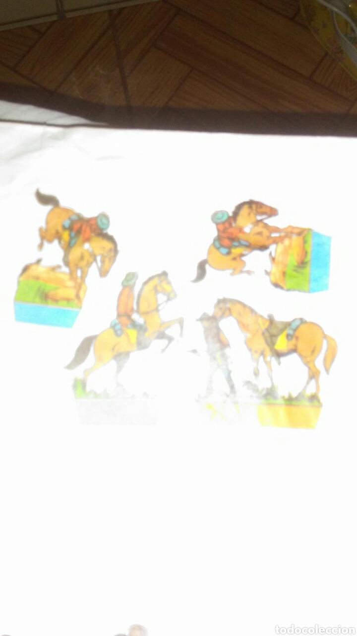 Coleccionismo Recortables: 10 sobres sorpresa vacios ,con recortable de soldados en la parte posterior. - Foto 7 - 201618480