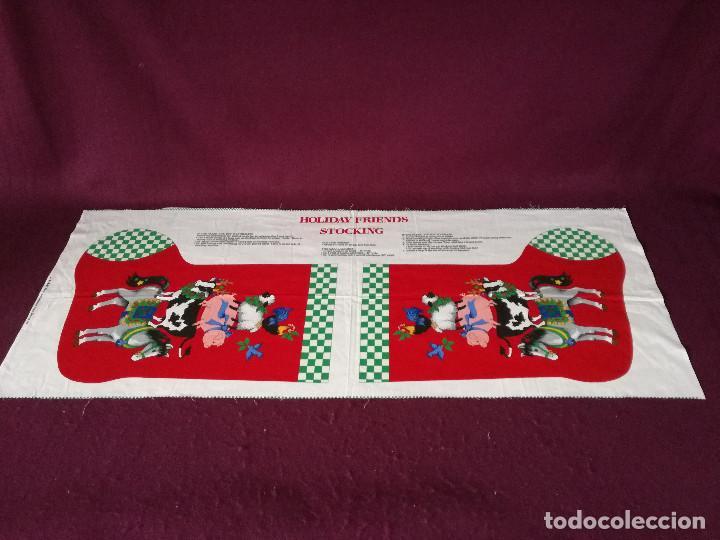 Coleccionismo Recortables: Curioso recortable de tela, Bota de dulces de navidad o similar, unos 110 x 46 cms. - Foto 11 - 255929605