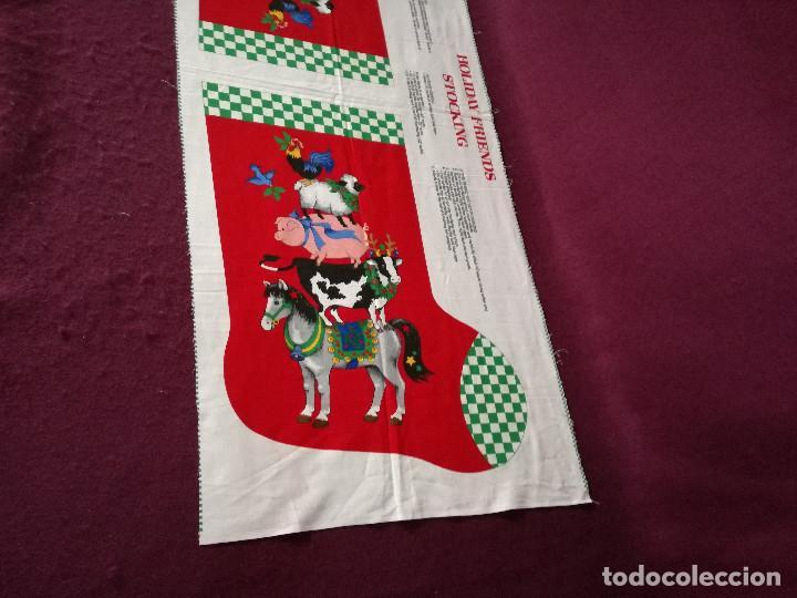 Coleccionismo Recortables: Curioso recortable de tela, Bota de dulces de navidad o similar, unos 110 x 46 cms. - Foto 5 - 255929605