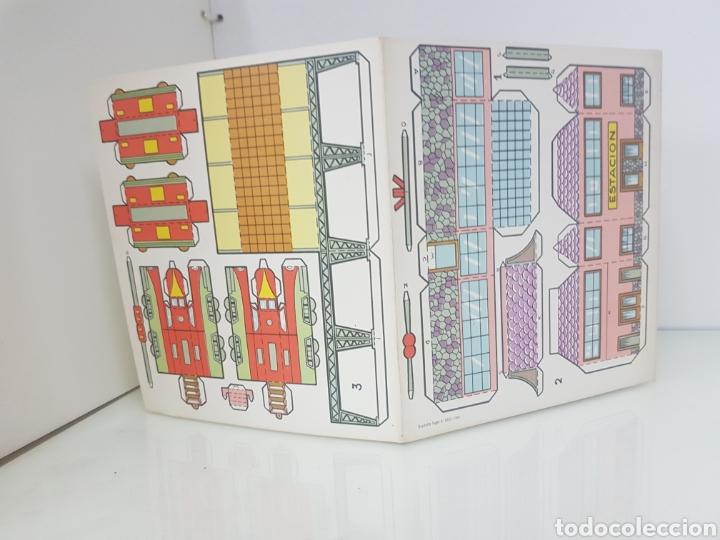 Coleccionismo Recortables: Recorte juguete el constructor 2 enlace ferroviario editorial Roma Barcelona medida del libro18x20cm - Foto 3 - 147170816