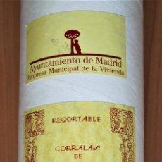 Coleccionismo Recortables: RECORTABLE CORRALAS DE MIGUEL SERVET BARRIO DE LAVAPIES (MADRID) EN UN TUBO. Lote 203099220