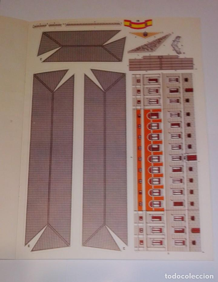 Coleccionismo Recortables: Antiguo recortable del Congreso de los Diputados. Año 1983. - Foto 8 - 253215435