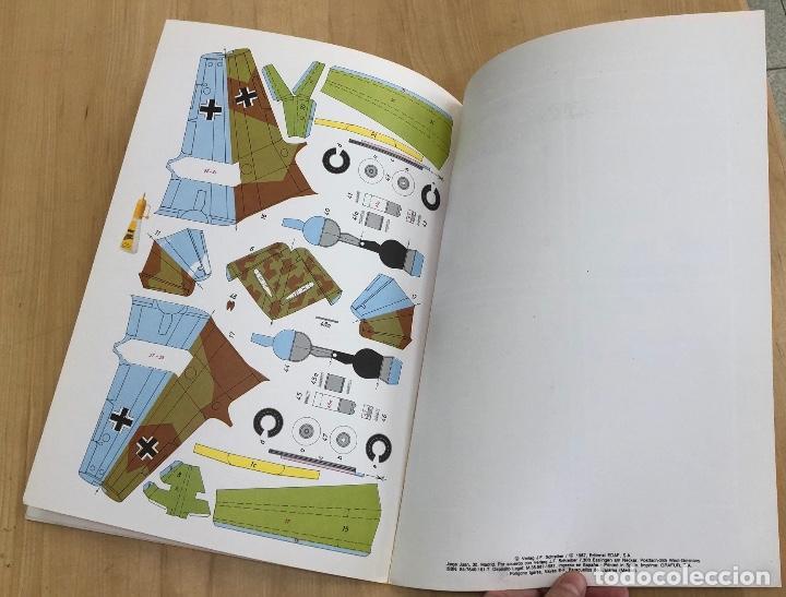 Coleccionismo Recortables: MAQUETA RECORTABLE CAZA ALEMAN MESSERSCHMITT ME 262. EDAF. 1987 - Foto 3 - 278348153