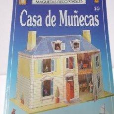 Coleccionismo Recortables: FABULOSA MAQUETA RECORTABLE DE UNA SOLIDA CASA DE MUÑECAS, EN CARTONADO, COMPLETA. Lote 292620993