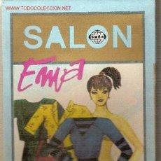 Coleccionismo Recortables: SALON EMA ( JUEGO DE MUÑECA CON MANIQUI Y VESTIDOS RECORTABLES) CHECOSLOVAQUIA, 1990. Lote 22414247