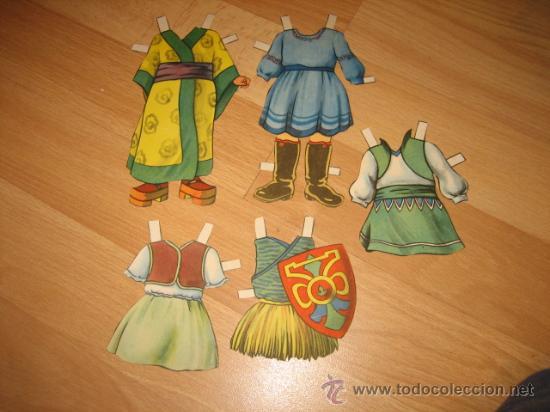 VESTIDOS RECORTABLES DESCONOZCO DE QUE MUÑECA (Coleccionismo - Recortables - Muñecas)