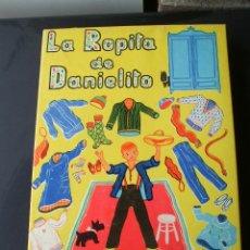Coleccionismo Recortables: LA ROPITA DE DANIELITO EDITORIAL CODEX 1950 MUÑECO DE CARTON CON ARMARITO. Lote 51640459