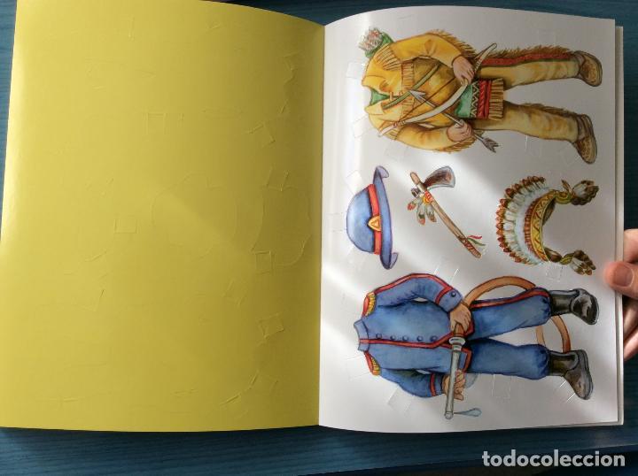 Coleccionismo Recortables: LIBRO RECORTABLES DE MUÑECAS EDITORIAL SUSAETA VISTE A TUS MUÑECAS LUCIA Y SUS AMIGOS - Foto 2 - 98828528