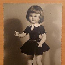 Coleccionismo Recortables: FOTO PUBLICITARIA MUÑECA DORIN, MUÑECAS FLORIDO 1957. Lote 118502311