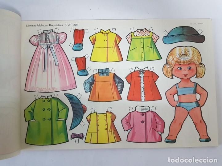 Coleccionismo Recortables: 10 LAMINAS DIFERENTES MUÑECAS RECORTABLES / TAMAÑO GIGANTE 43 x 28 CMS./ ORIGINAL 1971 / NUEVO!!! - Foto 5 - 289835338
