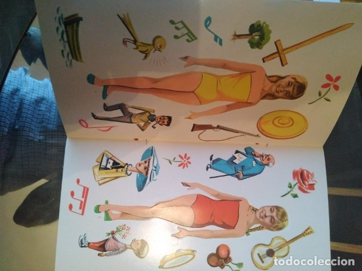 Coleccionismo Recortables: Marisol y sus vestidos librito con muñecas recortables 1961 - Foto 2 - 183254331