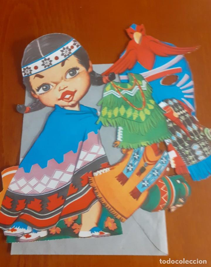 Coleccionismo Recortables: Lote de 4 muñecas recortables y recortadas de Paises del mundo con todas sus ropas - Foto 3 - 215009858