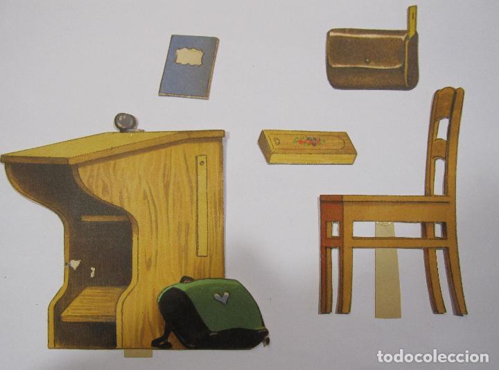 Coleccionismo Recortables: IMPORTANTE Y ANTIGUA COLECCIÓN DE MUÑECAS / MUÑECOS RECORTABLES. VESTIDOS. COMPLEMENTOS. VER FOTOS - Foto 40 - 228420055