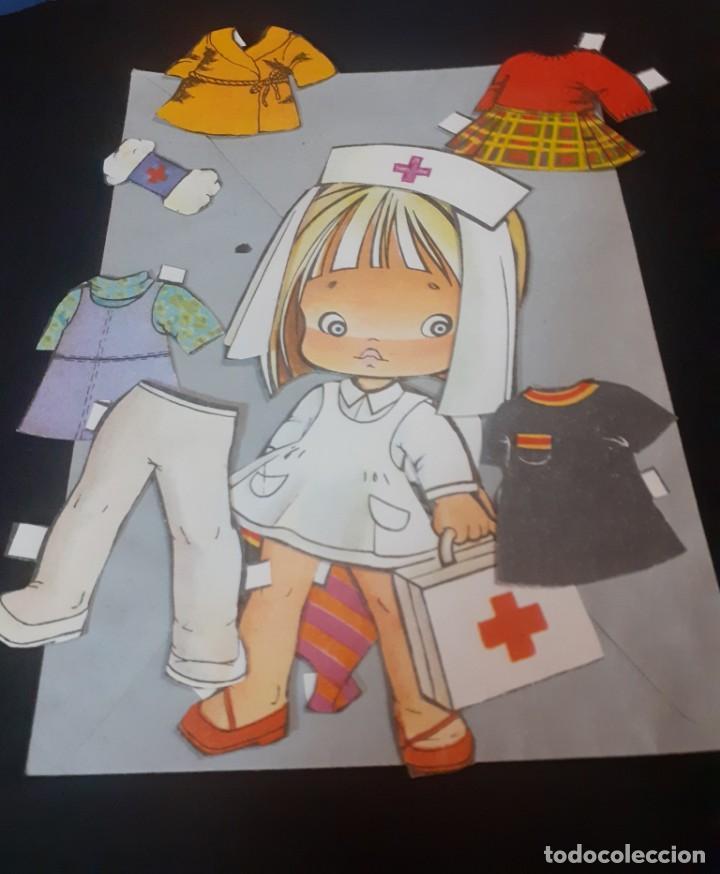 Coleccionismo Recortables: lote de 4 muñecas recortables y recortadas de los años 60 - Foto 3 - 240417350