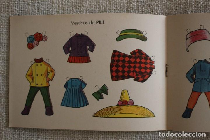 Coleccionismo Recortables: Recortable NENAS. Pili y Victoria. nº 8. Año 1977. Editorial EVA. Medida 12,5 x 18 cm. Ver fotos. - Foto 3 - 278611428
