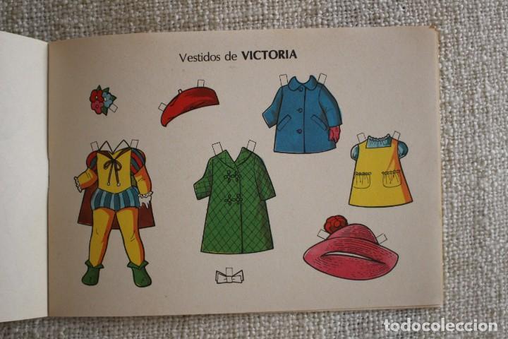 Coleccionismo Recortables: Recortable NENAS. Pili y Victoria. nº 8. Año 1977. Editorial EVA. Medida 12,5 x 18 cm. Ver fotos. - Foto 5 - 278611428