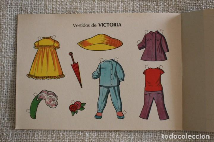 Coleccionismo Recortables: Recortable NENAS. Pili y Victoria. nº 8. Año 1977. Editorial EVA. Medida 12,5 x 18 cm. Ver fotos. - Foto 6 - 278611428